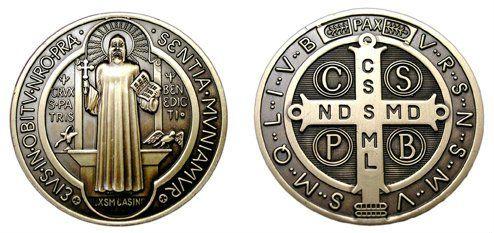 Hoy es el Día de San Benito: enterate sobre el poderoso significado su medalla