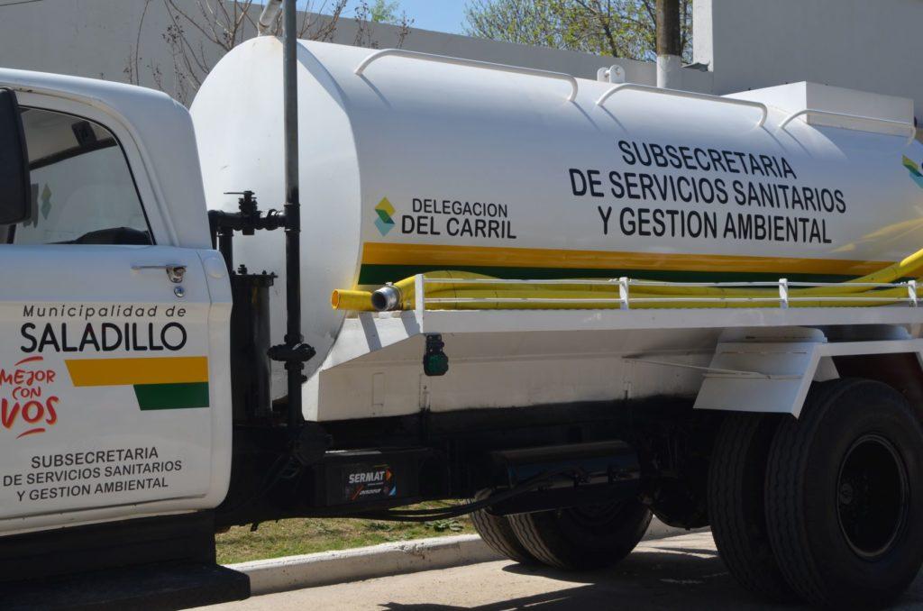 Más móviles y más servicios para Del Carril: presentaron un nuevo patrullero y camión atmosférico para la localidad