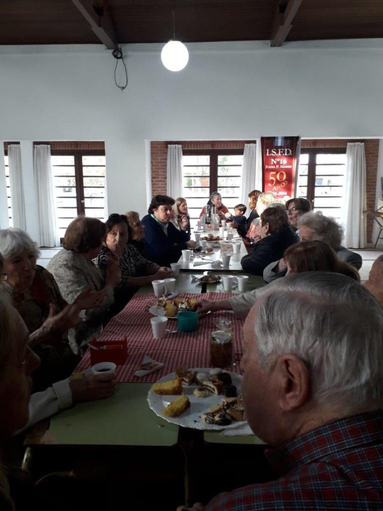 Agasajo a Docentes Jubilados de Otros tiempos por La Asociación de DocentesJubilados