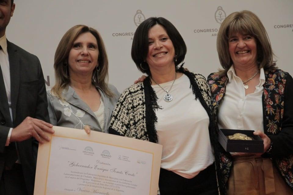 """La concejal María Mancini fue reconocida con la distinción """"Gobernador Enrique Tomás Cresto"""""""