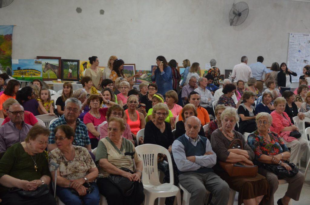 Multitudinario cierre de talleres de PAMI en el Centro de Jubilados San Roque