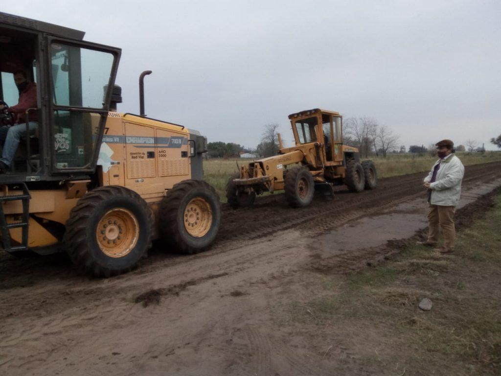 El municipio de Saladillo realiza trabajos de mantenimiento de caminos